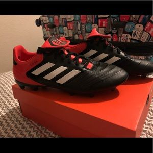 Adidas Soccer Cleats ! ⚽️